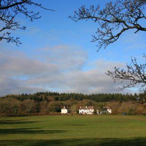 Lulworth rural Dorset holiday cottage sleeps 8